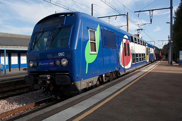 Train ligne R - Transilien (Seine et Marne) - Par Poudou99